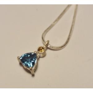Naszyjnik srebrny z błękitnym topazem