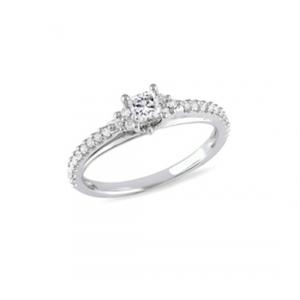 Srebrny pierścionek z kwadratową cyrkonią