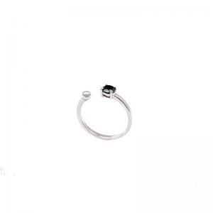Srebrny pierścionek  z czarnym oczkiem