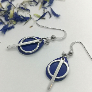 Srebrne kolczyki z lapis lazuli z kółeczkiem