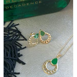 Pozłacany naszyjnk z zieloną emalią